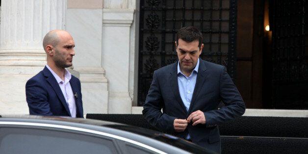 Μαξίμου: Κάποιοι αγωνιούν να αποτύχουν οι διαπραγματεύσεις. Δεν έγιναν ποτέ μαλλιά κουβάρια Χουλιαράκης...