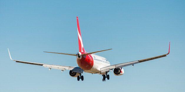 Επιβατικό Μπόινγκ 737 ζήτησε άδεια και πραγματοποίησε αναγκαστική προσγείωση στην Αγία