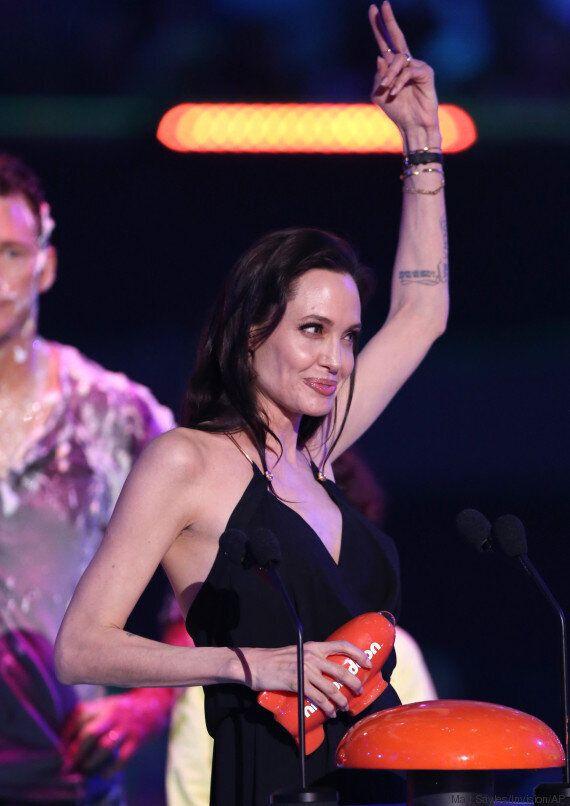 «Το διαφορετικό είναι καλό»: Δείτε το συγκινητικό λόγο της Angelina Jolie στα Kids' Choice
