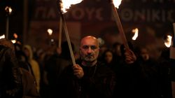 Πώς ο Πούτιν κάνει το πρόβλημα των Ναζί της Χρυσής Αυγής στην Ελλάδα