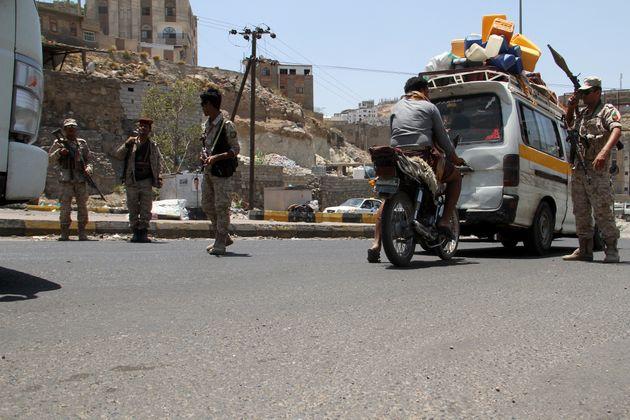 Υεμένη: Το χάος βασιλεύει στο Άντεν- Η χώρα βυθίζεται στον