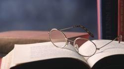 Aπό τη Σαπφώ στο Μπωντλαίρ : 5 βιβλία που μπορoύν να αλλάξουν τον τρόπο σκέψης