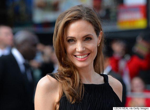 H Angelina Jolie υποβλήθηκε σε προληπτική χειρουργική επέμβαση αφαίρεσης των ωοθηκών