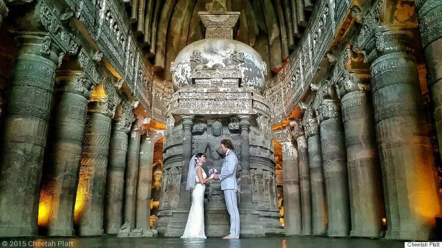 Αυτό το ζευγάρι ακροβατών παντρεύτηκε 38 φορές, μέσα σε 83 μέρες και σε 6
