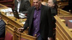Γιάνης Βαρουφάκης: Ματώνουμε στις διαπραγματεύσεις – Δεν υπογράφω αύξηση ΦΠΑ στα