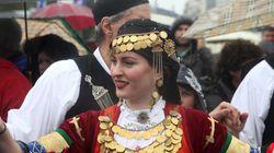 Το παραδοσιακό γλέντι μετά την παρέλαση, τα αγήματα, οι ειδικές δυνάμεις και οι αντιδράσεις των