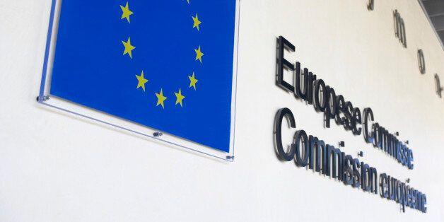 Στις Βρυξέλλες για το πακέτο των 2 δισ. ευρώ Χουντής -