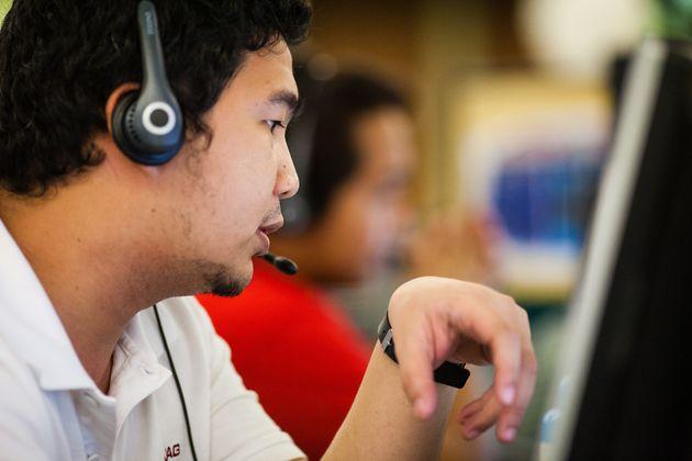 Φιλιππίνες: Ακαδημία Οικιακών Βοηθών ή πως να εγκαταλείψετε τη