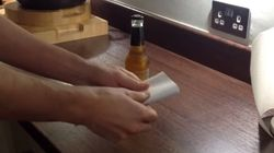 Πως να ανοίξετε ένα μπουκάλι μπύρας με ένα κομμάτι χαρτί