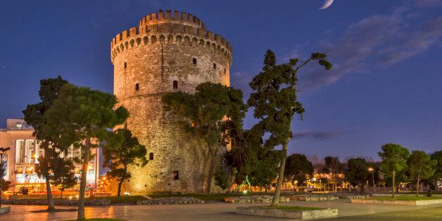 The White Tower of Thessaloniki ,is a monument and museum on the waterfront of the city of Thessaloniki,...