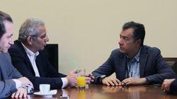 Συνάντηση Σταύρου Θεοδωράκη με τον γ.γ. των ΑΚΕΛ Άντρο Κυπριανού για Κυπριακό και