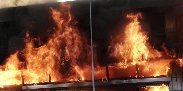 Πυρκαγιά σε αποθήκη στον