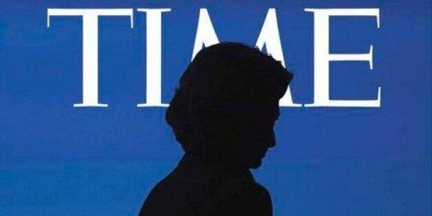 Το εξώφυλλο του περιοδικού TIME φιλοξενεί την Χίλαρι Κλίντον που φαίνεται σαν να έχει