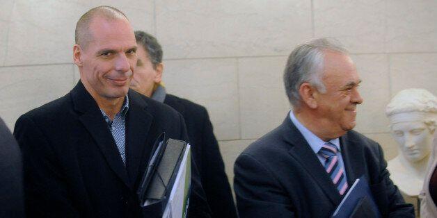 «Θρίλερ» περί αντικατάστασης Βαρουφάκη στο Eurogroup. Για Δραγασάκη επικεφαλής έκανε λόγο ο Ιρλανδός...
