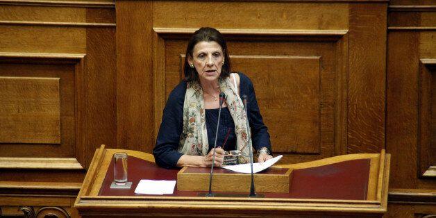 Κανελλοπούλου για Αρβανίτη: Με απείλησε ότι θα μου κόψει τον