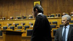 Δίκη Παπακωνσταντίνου: Ακόμα το κράτος δεν γνωρίζει τι φόρους χρωστάνε οι ελεγχόμενοι συγγενείς του πρώην