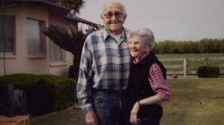 Ήταν παντρεμένοι για 67 χρόνια και πέθαναν με λίγες ώρες διαφορά, κρατώντας τα χέρια