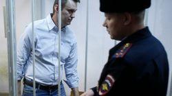Ο Αλεξέι Ναβάλνι καταδικάστηκε σε φυλάκιση 15 ημερών μετά τη διανομή