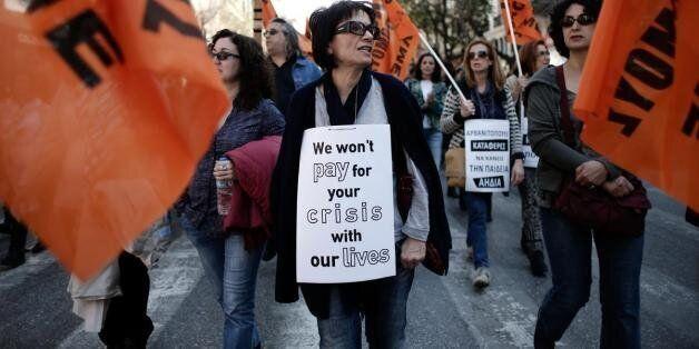 Αύξηση των εγγεγραμμένων ανέργων. Περισσότεροι από 585.000, κυρίως γυναίκες και μεταξύ 30 με 44