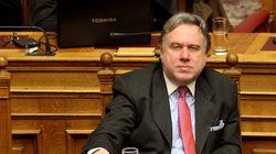 Κατρούγκαλος: Δεν μπορεί το Υπουργείο να φυλάσσεται και από κλούβα αστυνομικών και από εταιρεία