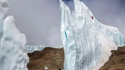 «Επικίνδυνες αποστολές» σε ένα πανύψηλο κομμάτι πάγου στην Αφρική