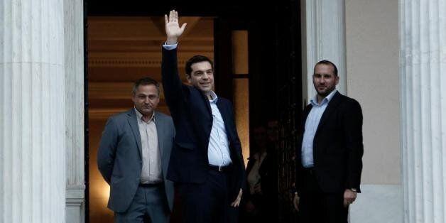Άδειο χρηματοκιβώτιο παρέδωσαν στον ΣΥΡΙΖΑ μέσα στο