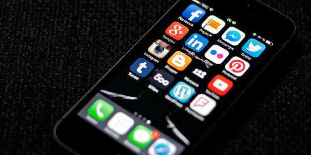 Το savoir faire των social media και η ''ψηφιακή