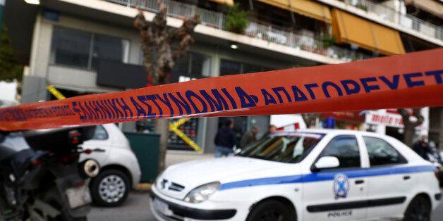 Άνδρας αγνώστων στοιχείων βρέθηκε δολοφονημένος στο κέντρο της