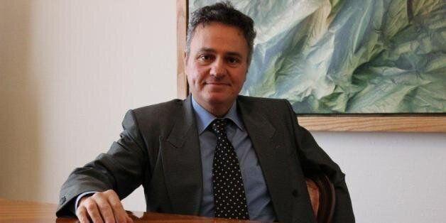 Συνέντευξη με τον Michel Santi: «Το όπλο της Ελλάδας είναι ότι αν βγει από το ευρώ, αυτό θα είναι η καταστροφή...