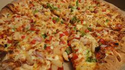 Πλήρωσαν 98 ευρώ για να τους παραδώσουν την αγαπημένη τους πίτσα 2.400 χλμ μακριά από το σπίτι