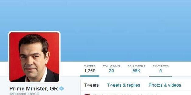 Παράδοση-παραλαβή και στο @PrimeministerGR. Το πρώτο tweet του Αλέξη Τσίπρα ως