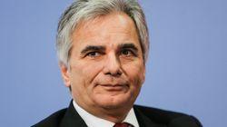 Καγκελάριος Αυστρίας: Να γλιτώσουμε την Ελλάδα και την Ευρώπη από ένα