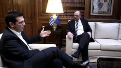 «Καμία σύγκρουση» κατά τη συνάντηση λέει το Μαξίμου. Συμφωνία Τσίπρα-Σούλτς μόνο στα