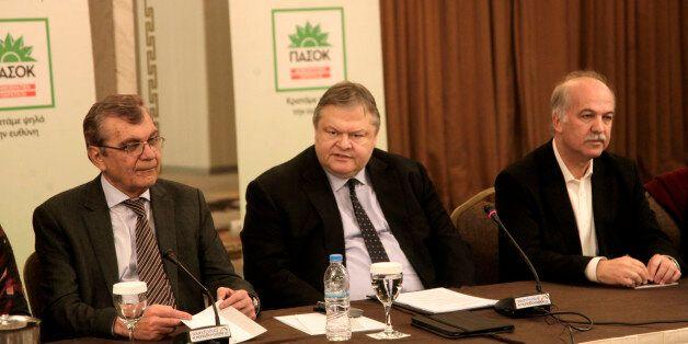 Βενιζέλος: Μετά το Πάσχα το συνέδριο του ΠΑΣΟΚ. Και το θέμα της ηγεσίας στο