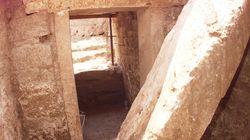 Βρέθηκε αρχαίος τάφος με νομίσματα στις