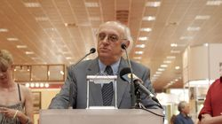 Παραιτήθηκε ο Πέτρος Μάρκαρης από πρόεδρος του Ελληνικού Κέντρου