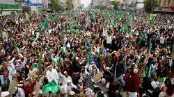 Μαζικές διαδηλώσεις στο Πακιστάν κατά της Charlie