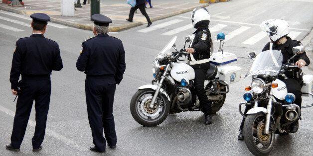 Απαγωγή φωτογράφου στο Παλαιό Φάληρο απέτρεψαν αστυνομικοί της Άμεσης