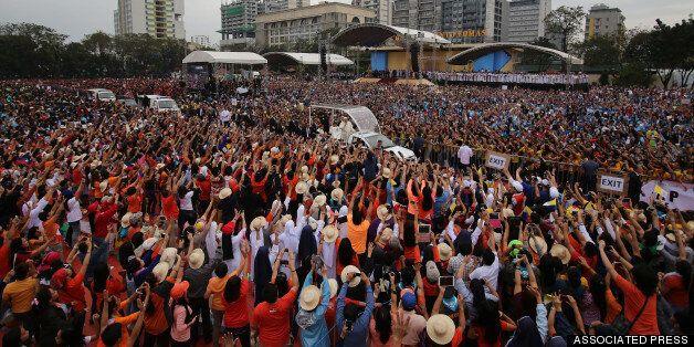 Ολοκληρώθηκε η επίσκεψη του Πάπα στην Ασία μετά την μεγαλειώδη λειτουργία στις