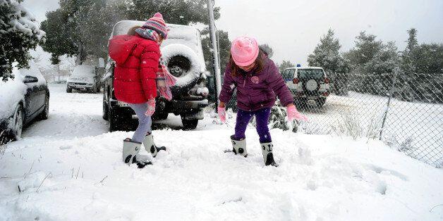 Στην κατάψυξη η χώρα - Θα χιονίσει και στο κέντρο της