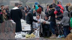 Κηδεύτηκε το βρέφος Ρομά-σύμβολο των κοινωνικών διακρίσεων στη