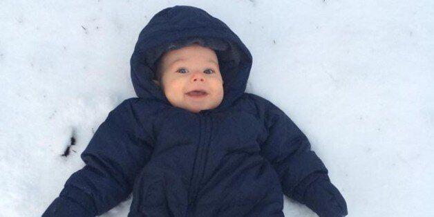 Πώς είναι να είσαι μωρό και να βλέπεις χιόνι για πρώτη