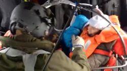 Νέα πλάνα διάσωσης επιβατών του Norman Atlantic από ελληνικό ελικόπτερο Super