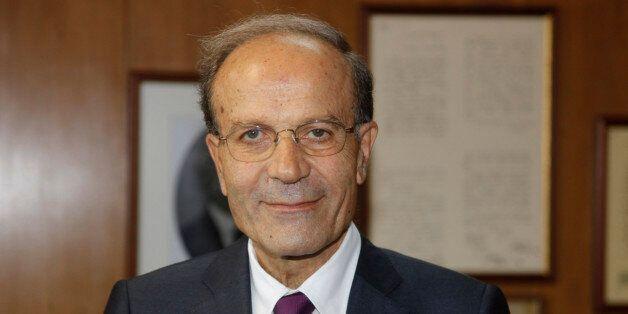 Ο Μιχαήλ Θεοχαρίδης ορίζεται υπηρεσιακός υπουργός