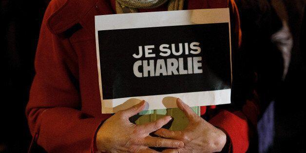 Για τον Cabu, τον Charb, τον Wolinski και όλους τους