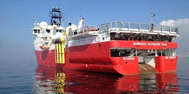 Προκαλoύν οι Τούρκοι στην κυπριακή ΑΟΖ με νέα Navtex και «Μπαρμπαρός». Βενιζέλος: Απροκάλυπτη