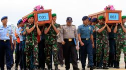 AirAsia:Η κακοκαιρία δεν επιτρέπει την περισυλλογή των