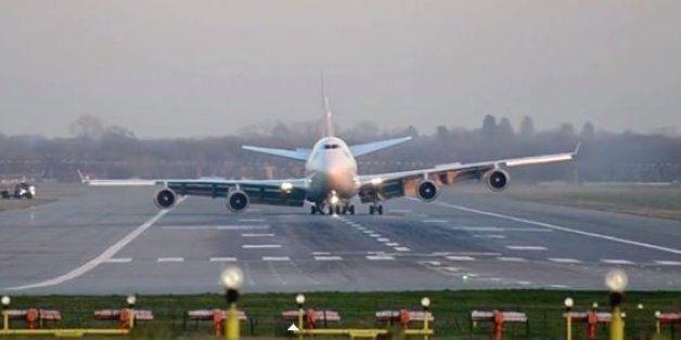 Βίντεο: Η αναγκαστική προσγείωση του 747 στο