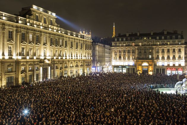 Charlie Hebdo: Η επίθεση που συγκλόνισε τον