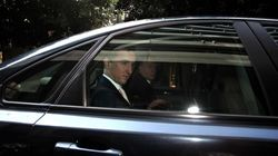 Bloomberg: Οι πιστωτές της Ελλάδας πρέπει να προχωρήσουν σε διαγραφή χρέους